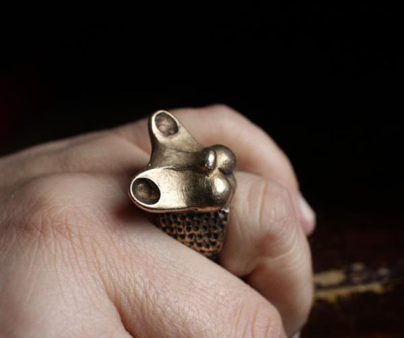 LIONESS RING